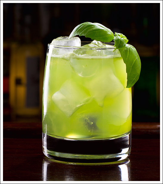 Gin Bazil smash Cocktail mit ruhrgin